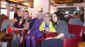 Avec quelques femmes entrepreneures sensuelles à Santa Fe